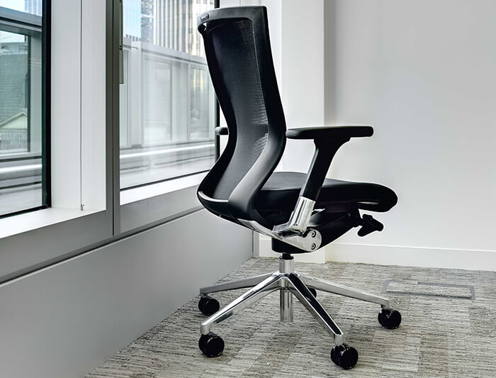 mesh black task chair