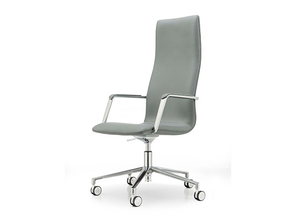 cypher pro high swivel chair